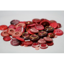Buttons in bulk - 150gr - red tones