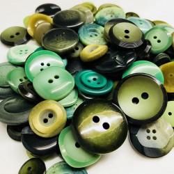 Buttons in bulk - 150gr - green tones