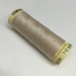Gütermann sewing thread ecru (610)