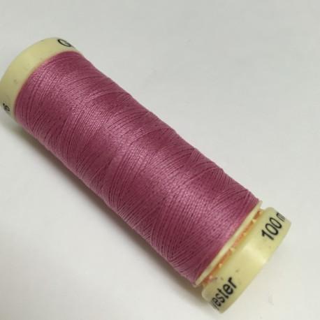 Gütermann sewing thread pink (889)